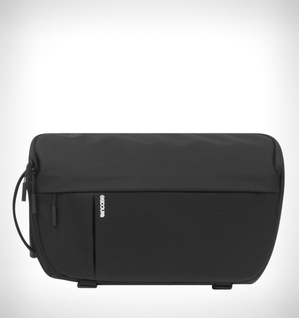 Incase DSLR Sling Pack - Black CL58067 Bags 99.95