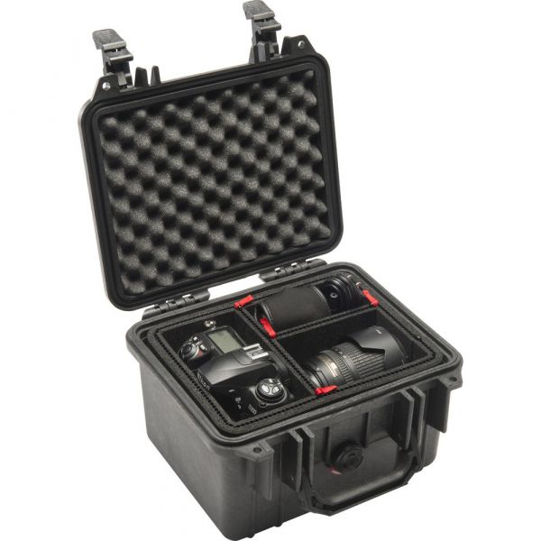 Pelican 1300 Case with Foam (Black) 1300B Pelican 92.000000
