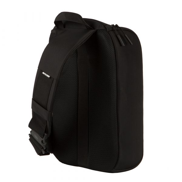 Incase Capture Sling Pack - Black INCP300218C-BLK Bags 199